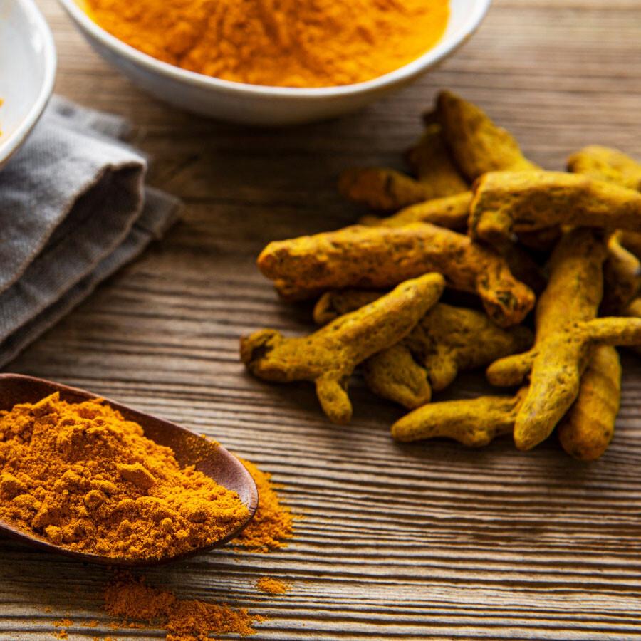 Cureit 薑黃萃取物是以 PNS 專利三明治夾心技術所製造,保留 100% 天然薑黃營養,並有效提升 10 倍吸收。